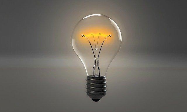lightbulb 1875247 640